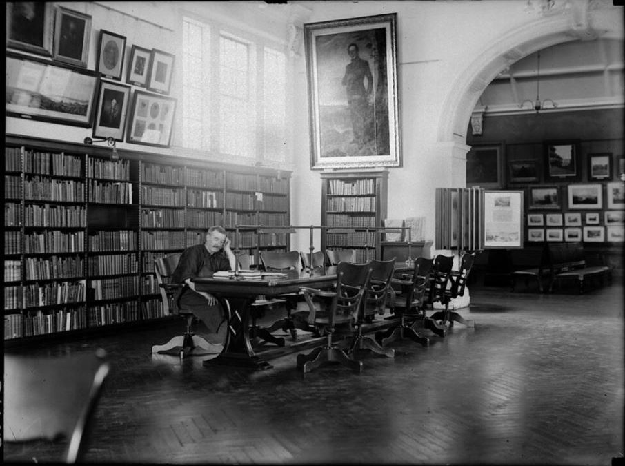 Mitchell library reading room 1923