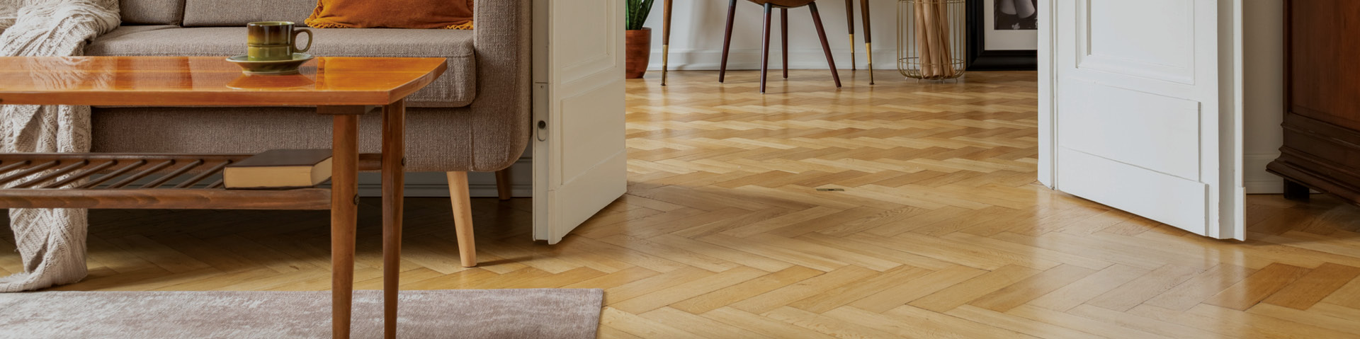 Parquetry wood floor installation